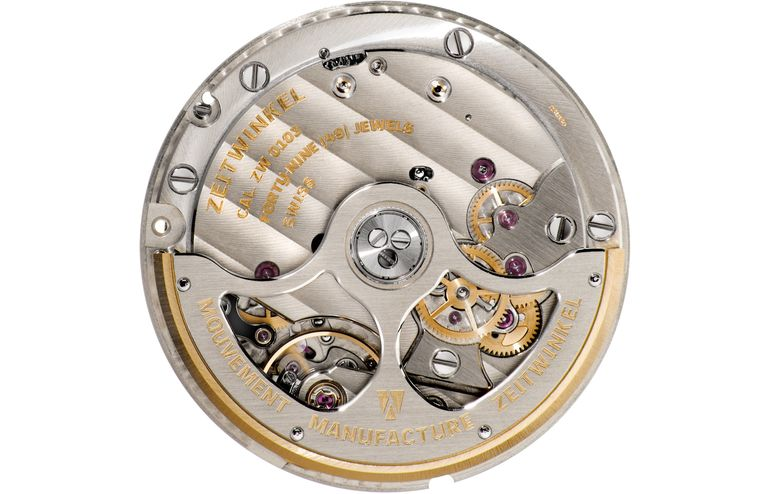 Zeitwinkel manufacture movement ZW0103 with patented large date and 72 hours power reserve
